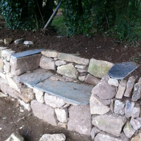 All the slate used in this bench was found on site. Meaning no extra cost for the client.