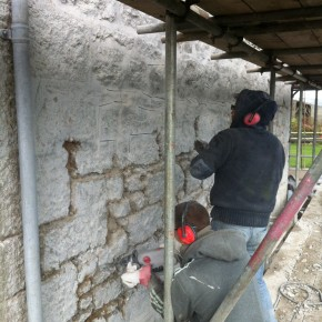 "The ""Hacking out"" of the old pointing was a long and tedious job. Due to the hardnes of the pointing mixture we had to first angle grind then knock out the point with sds hammers."