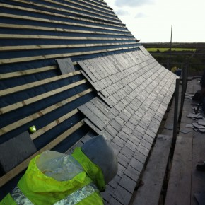 Care was taken to give a nice shape to the finnished slating.