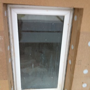 Care was taken around the windows to prevent any cold bridging.