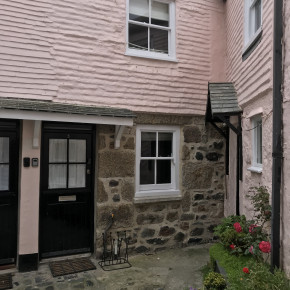 A quaint little cottage in St Ives